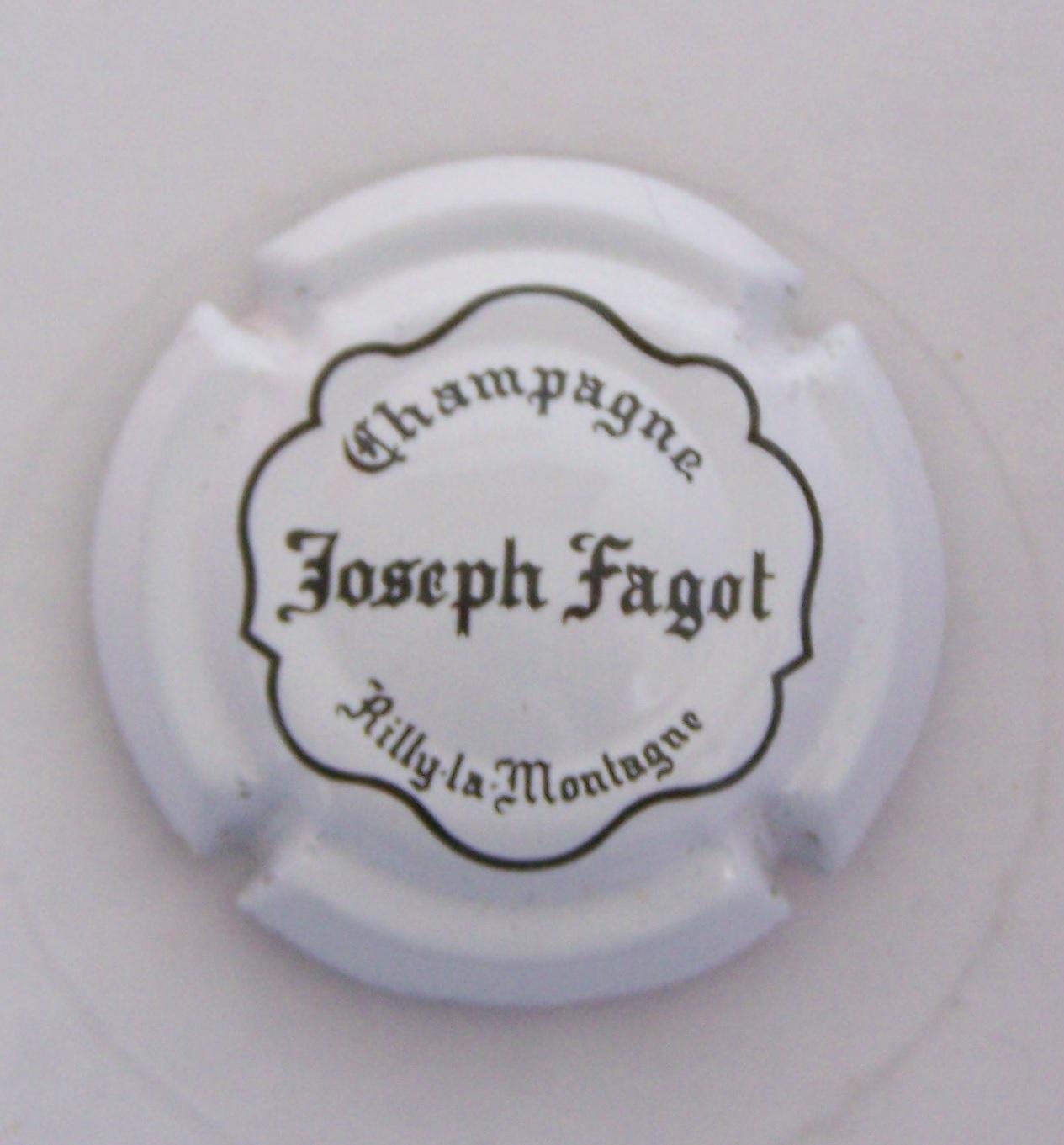 CAPSULE DE CHAMPAGNE FAGOT*
