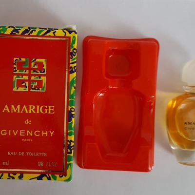 Givenchy amarige edt